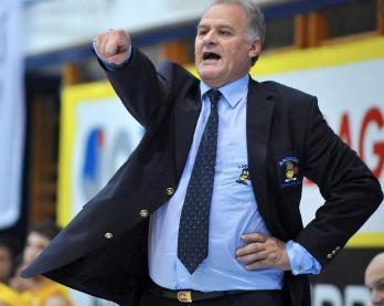 """""""Un jugador necesita fuerza física y más que todo fuerza mental"""" :Zeljko Pavlicevic"""